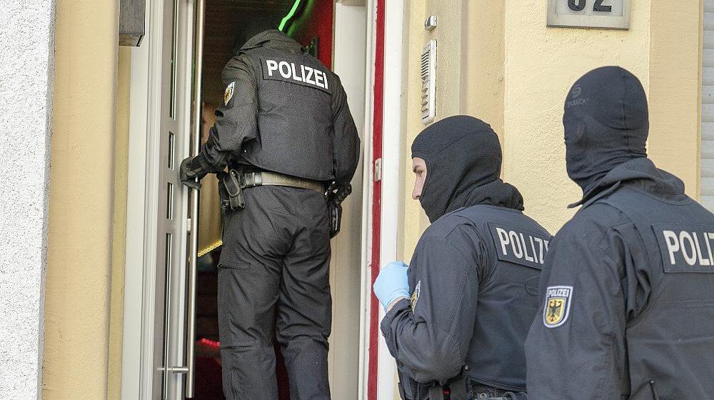 ألمانيا تعتقل 19 شخصا من بينهم أفراد يحملون الجنسية اللبنانية ..