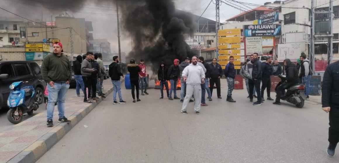 مبارك بيضون يغرد: الشوارع تشتعل والخيارات مفقودة