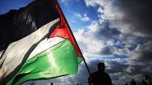 سقوط صاروخ أطلق من جنوب قطاع غزة بمنطقة مفتوحة بالنقب الغربي المحتل