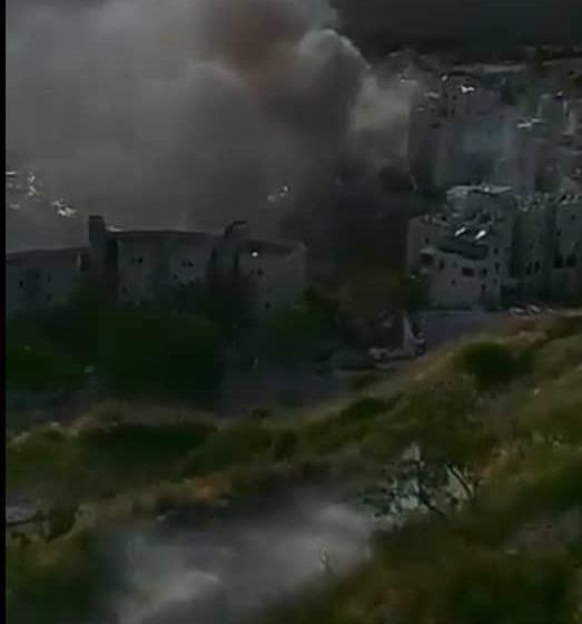 وسائل إعلام عبرية تتحدث عن انفجار عدد من اسطوانات الغاز داخل مبنى جنوب مدينة صفد شمال فلسطين المحتلة